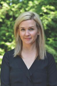 Kristyn Kusek Lewis Author Photo