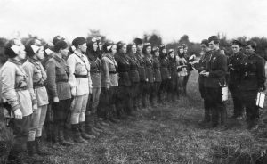Night witches, 588th_Night_Bomber_Regiment_at_Airfield