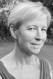 Therese Anne Fowler is the author of A Good Neighborhood, credit John Kessel