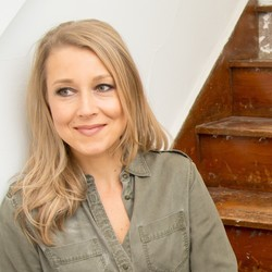 Sarah Smarsh is the author of She Come By It Natural