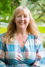 Jennifer Saint is the author of Ariadne